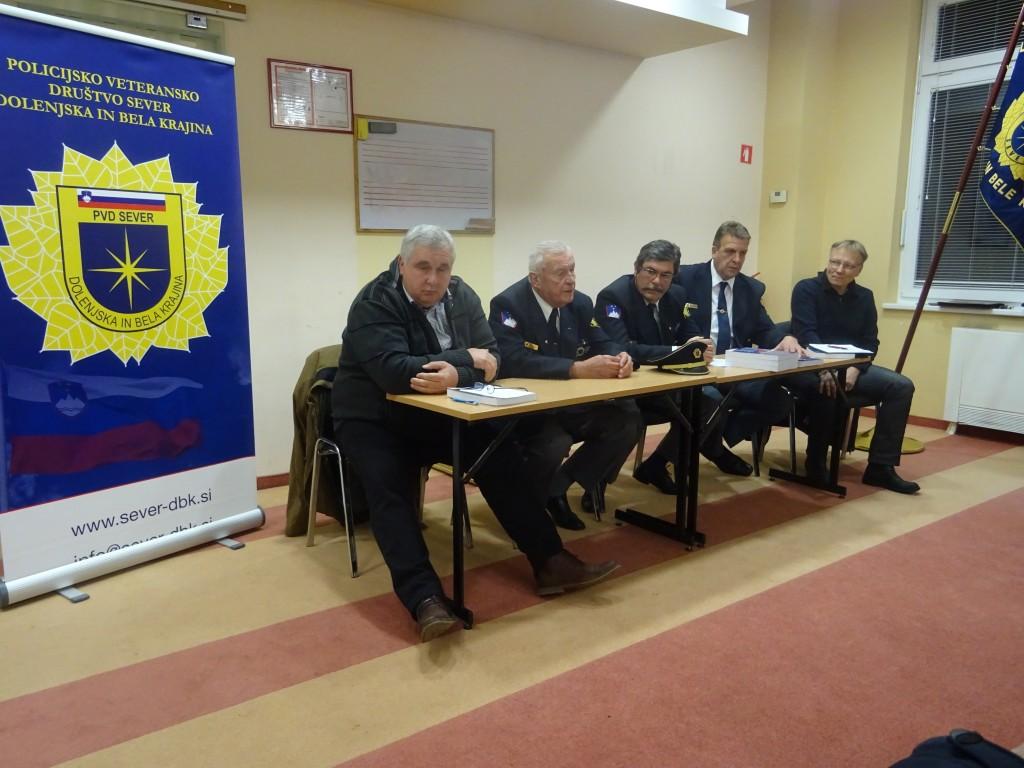 Okrogla miza - Prispevek Slovenske policije v spopadu na Medvedjeku