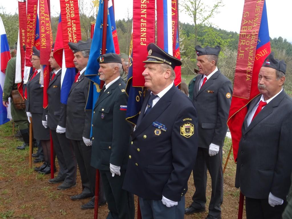 06.04.2019 AMERIŠKI LETALCI HVALEŽNI PARTIZANOM IN DOMAČINOM